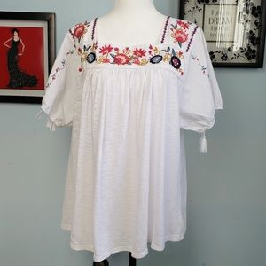 Time and Tru Floral Embroidered Peasant Boho Top